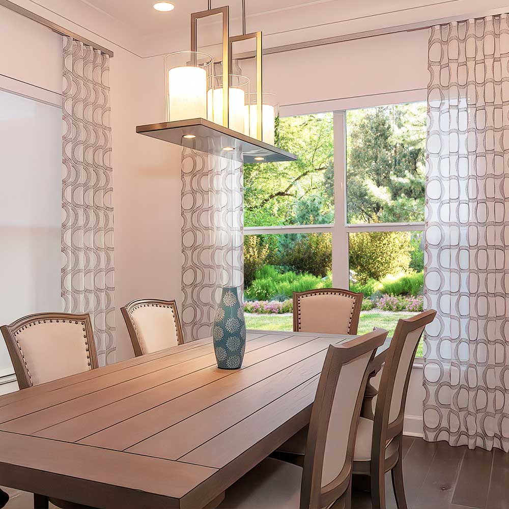 Custom dining room decor and Custom Drapery from BPOSCH